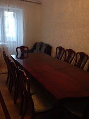 Срочно Продам столовый стол и стулья